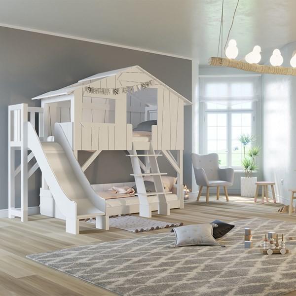 Легло къща с пързалка