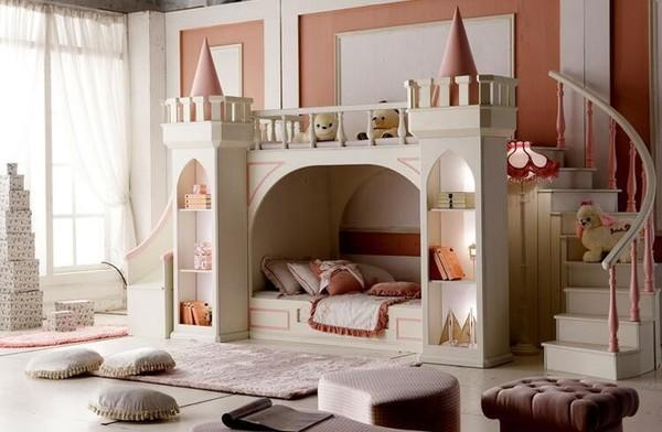 Легло къща приказен замък